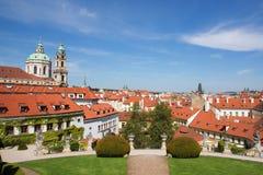 Vista dallo zahrada del ¡ di Vrtbovskà del giardino di Vrtba, città di Lesset, Praga Fotografia Stock