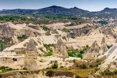 Vista das casas da caverna de Cappadocia Imagem de Stock
