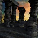 Vista das colunas destruídas do tempo antigo sem plantas foto de stock