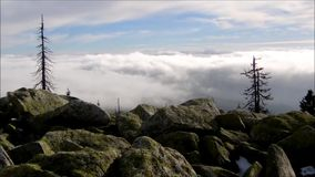 Vista das nuvens de cima de video estoque