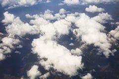 vista das nuvens e da montanha Foto de Stock