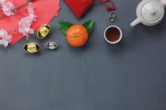 Vista de arriba de las decoraciones chinas y del concepto lunar del Año Nuevo Imagen de archivo libre de regalías