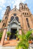 Vista de baixo da igreja sagrado do coração de Gesu Medellin Imagens de Stock Royalty Free