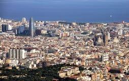 Vista de Barcelona de la montaña de Tibidabo foto de archivo libre de regalías