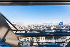 Vista de Berlim através do vidro da abóbada de Reichstag Imagens de Stock