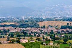 Vista de Bevagna, una ciudad medieval en Umbría, Italia fotografía de archivo libre de regalías
