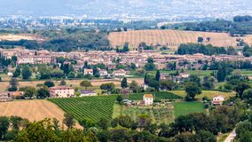 Vista de Bevagna, una ciudad medieval en Umbría, Italia imagen de archivo