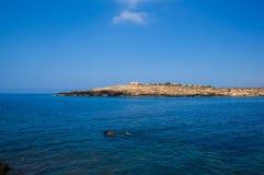 Vista de Cala Croce em Lampedusa foto de stock royalty free