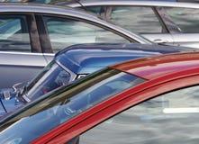 Vista de carros estacionados Imagens de Stock Royalty Free