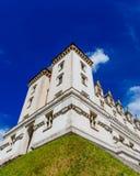 Vista de Château de Pau contra el cielo azul, en el centro de ciudad de Pau, Francia fotos de archivo