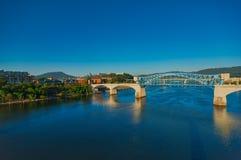 Vista de Chattanooga el río Tennessee fotografía de archivo