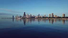 Vista de Chicago céntrica metrajes