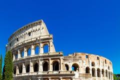 Vista de Colosseum em Roma no dia Fotos de Stock