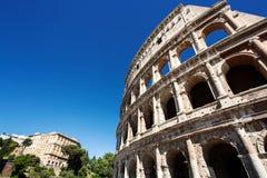 Vista de Colosseum em Roma no dia Imagens de Stock