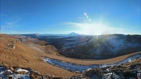 Vista de Elbrus de la plataforma de observación fotografía de archivo