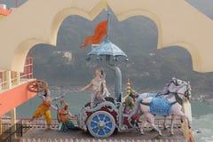 Vista de estatuas en el templo Shri Makar Vahani Ganga Jee y Sita Ram Dham Ashram del hinduist en el riverbank de Ganga en Rishik Imágenes de archivo libres de regalías