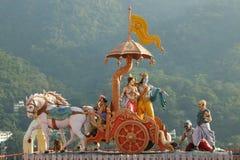 Vista de estatuas en el templo Shri Makar Vahani Ganga Jee y Sita Ram Dham Ashram del hinduist en el riverbank de Ganga en Rishik Foto de archivo
