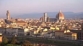 Vista de Florencia en el tiempo de la salida del sol metrajes