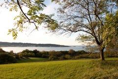 Vista de Fuenterrabia de Hendaye, France. Imagens de Stock