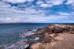 Vista de Fuerteventura del blanca del playa Imágenes de archivo libres de regalías