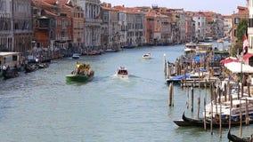 Vista de Grand Canal em Veneza vídeos de arquivo