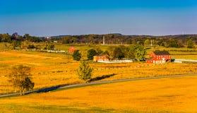 Vista de graneros y de campos de granja de la torre de observación de Longstreet imagenes de archivo