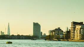 Vista de Greenwich à cidade de Londres vídeos de arquivo
