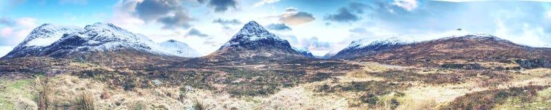 Vista de Higlands escocés famoso en el camino A82 foto de archivo libre de regalías