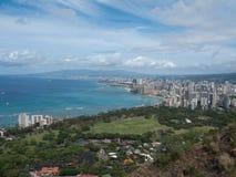 Vista de Honolulu céntrica encima de la pista del diamante Foto de archivo