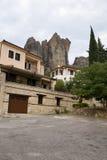 Vista de Kalabaka y de rocas Fotos de archivo
