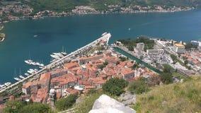 Vista de Kotor em Montenegro acima da cidade Fotos de Stock Royalty Free