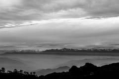 Vista de Kumbakarna Kanchandzonga Simvo Pandim de Sandakphu, Bengala Occidental, la India foto de archivo
