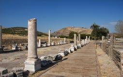 Vista de la acrópolis del santuario de Asclepion imagen de archivo