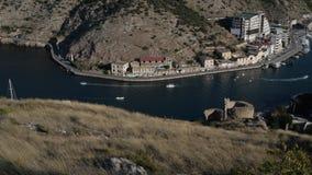 Vista de la bahía de la ciudad almacen de metraje de vídeo