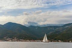 Vista de la bahía de Kotor montenegro Imagenes de archivo