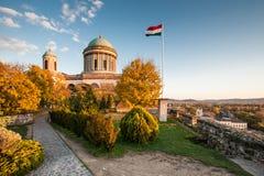 Vista de la basílica de St Adalbert en Esztergom Imágenes de archivo libres de regalías