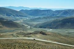 Vista de la carretera con curvas conocida como Cuesta de Lipan fotografía de archivo libre de regalías
