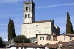 Vista de la catedral de Barga Imágenes de archivo libres de regalías