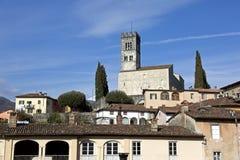 Vista de la catedral de Barga Fotografía de archivo libre de regalías