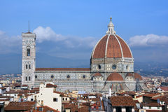 Vista de la catedral de Florencia de la torre del palacio viejo Imagen de archivo libre de regalías