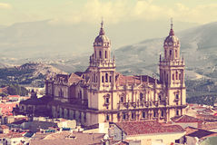 Vista de la catedral del estilo del renacimiento en Jaén Imagenes de archivo