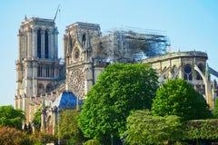 Vista de la catedral de Notre Dame sin el tejado y el chapitel fotos de archivo libres de regalías