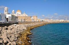 Vista de la catedral Nueva en Cádiz Foto de archivo