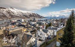 Vista de la ciudad ártica Tromsø Tromso Imagenes de archivo