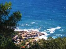 Vista de la ciudad costera de Mallorca Imagen de archivo