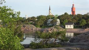 Vista de la ciudad de la mañana de Hanko a principios de junio finlandia almacen de video