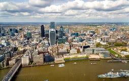 Vista de la ciudad de Londres del casco Foto de archivo libre de regalías
