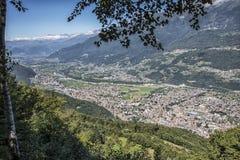 Vista de la ciudad de Morbegno Fotos de archivo libres de regalías