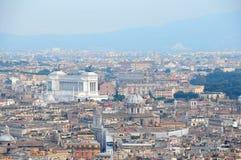 Vista de la ciudad de Roma de la bóveda de la basílica de San Pedro Foto de archivo libre de regalías
