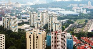Vista de la ciudad de Singapur del Skybridge Fotos de archivo